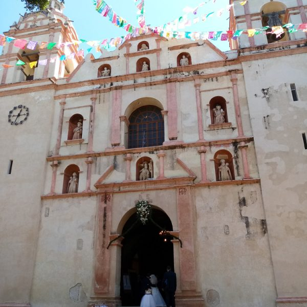 Wedding at Tlacochahuaya
