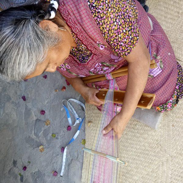 Backstrap weaver from Santo Tomás Jalieza